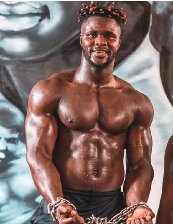 homme-muscle Voici l'homme le plus musclé au Sénégal (3 photos)