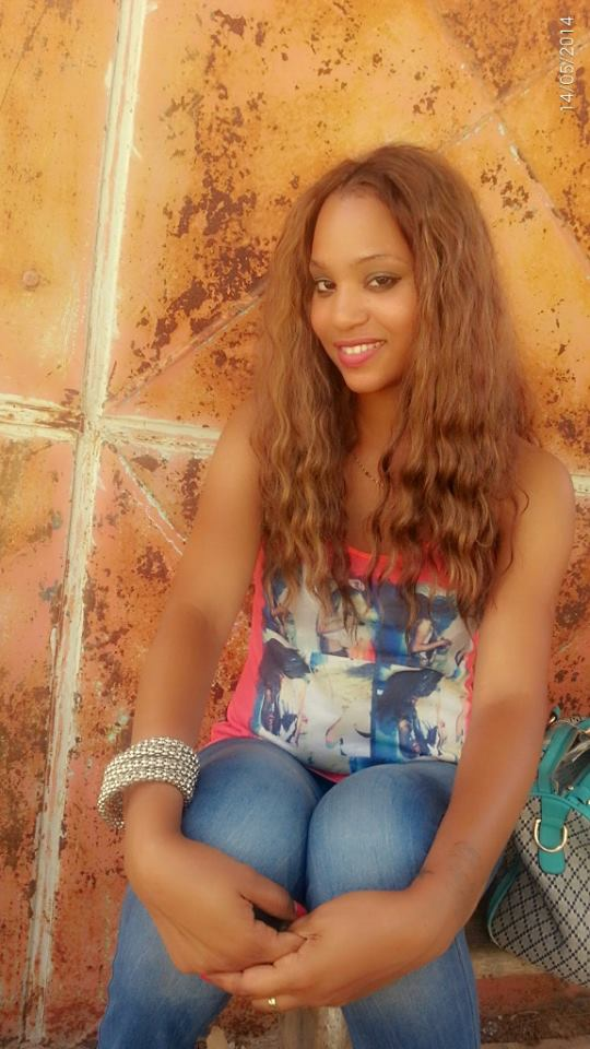 leyna-gueye-13 Léna Gueye avant le succès : Bou Yalla Néé Waaw Léppay Change (Images)