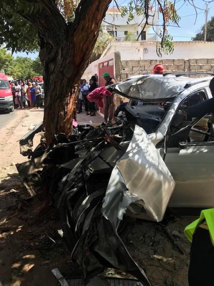 30369300-29018106 Amitié : Voici les images de l'accident ayant occasionné 6 morts et 3 blessés !