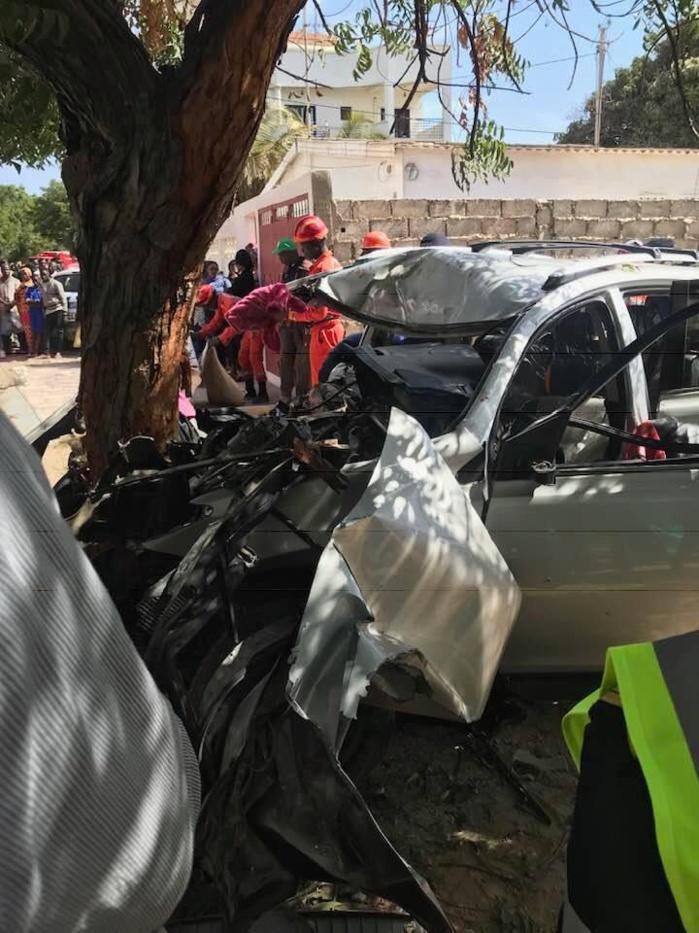 30369300-29018112 Amitié : Voici les images de l'accident ayant occasionné 6 morts et 3 blessés !