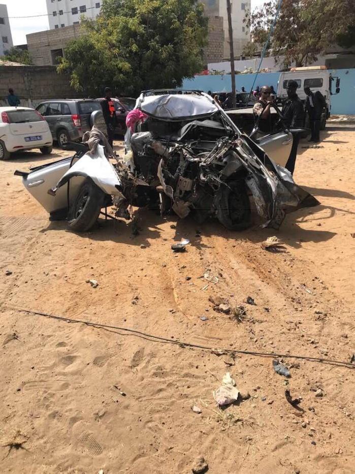 30369300-29018121 Amitié : Voici les images de l'accident ayant occasionné 6 morts et 3 blessés !