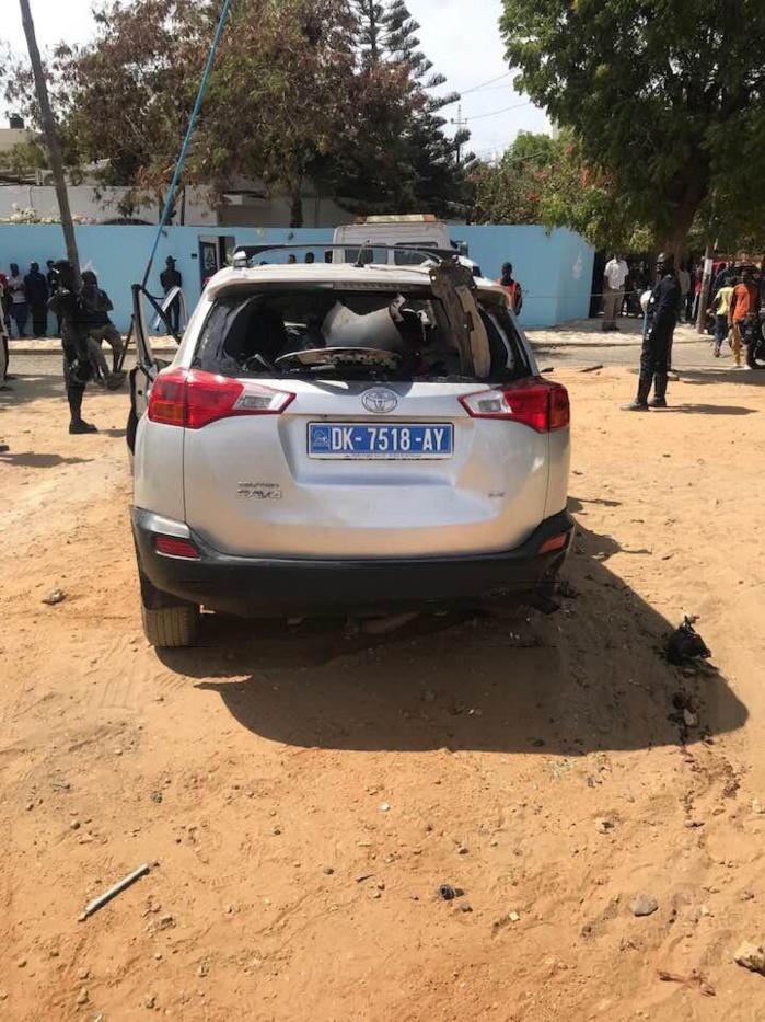 30369300-29018125 Amitié : Voici les images de l'accident ayant occasionné 6 morts et 3 blessés !