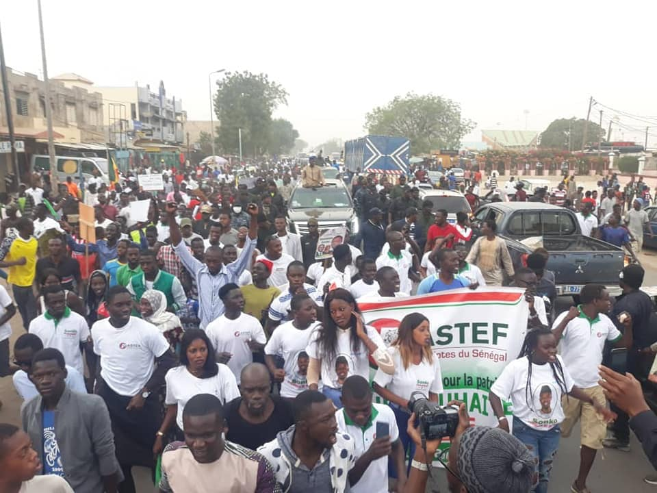 Ousmane-SONKO-15-3 En image, la grande mobilisation de Ousmane Sonko à Mbour !