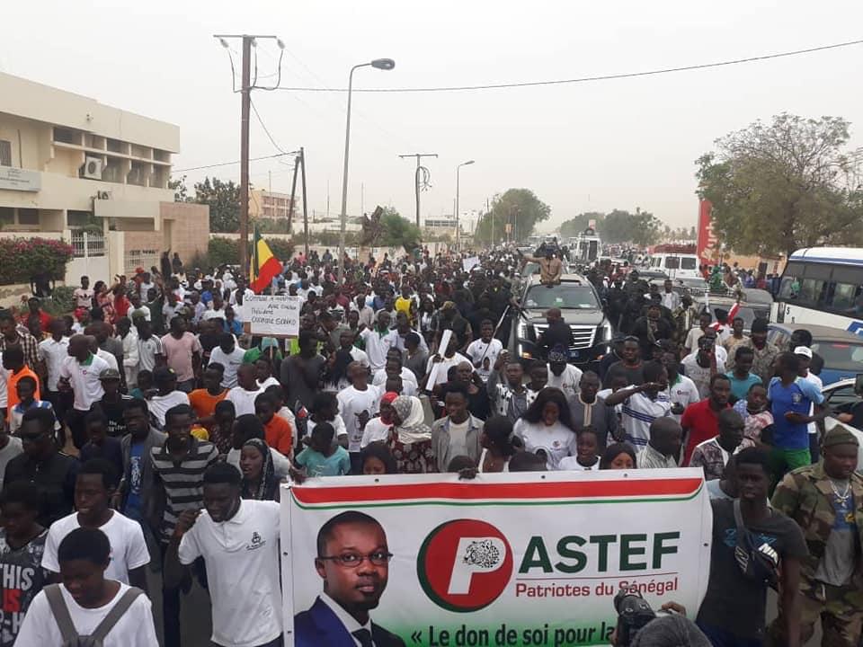 Ousmane-SONKO-8-4 En image, la grande mobilisation de Ousmane Sonko à Mbour !