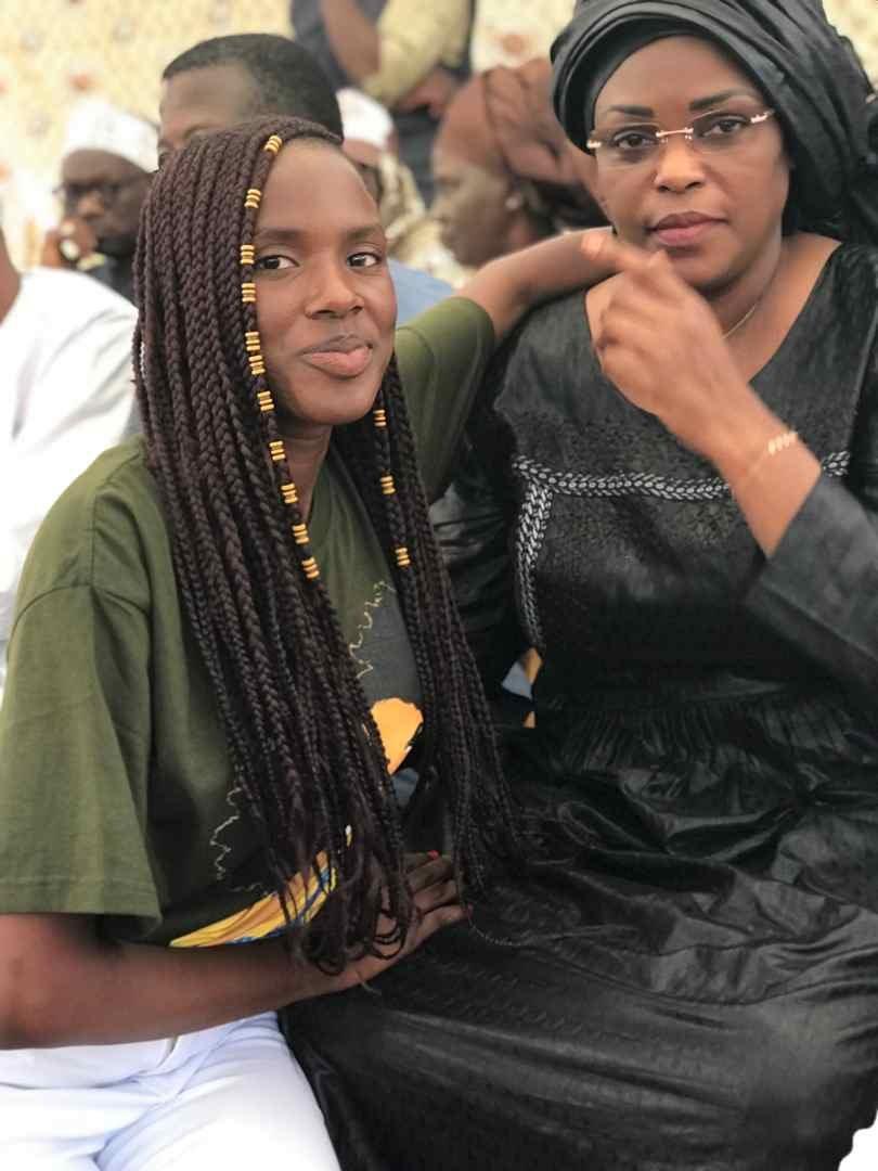 """Sokhou-bb-2 Bébé Sokhna fait exploser de rire Mariéme Faye Sall:""""Gentle président..."""" (Vidéo)"""