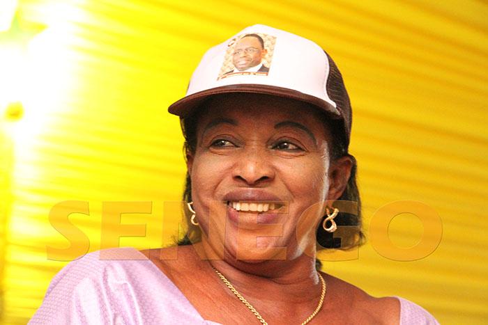 femme-de-moustapha-cisse-lo-1 Moustapha Cissé Lo:«J'ai épousé la plus belle femme à Médina », voici sa femme!