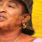 """femme-de-moustapha-cisse-lo-2-150x150 Incroyable: Cissé Lo se promène avec un """"Kourou Baye Fall"""" dans les rues"""