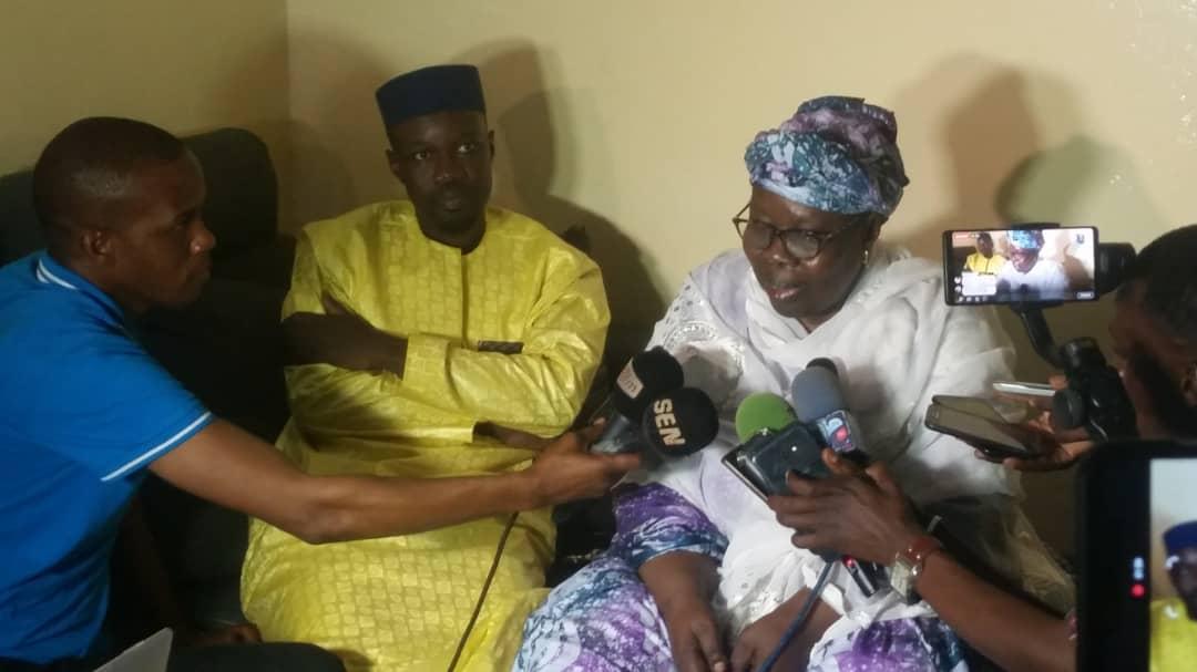 ousman-sonko-1 Violence électorale: La mère de Ousmane Sonko à son fils : « Mako Yaar Ak Sama Loxo »