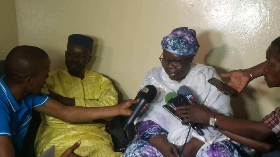 ousman-sonko-3 Violence électorale: La mère de Ousmane Sonko à son fils : « Mako Yaar Ak Sama Loxo »