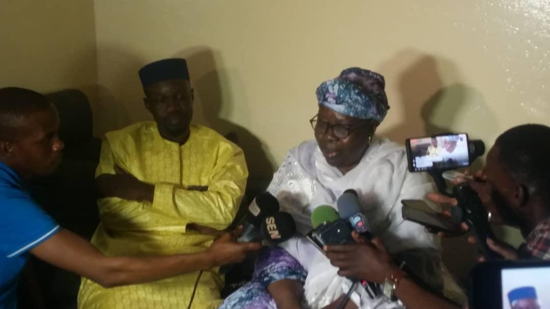 ousman-sonko-4 Violence électorale: La mère de Ousmane Sonko à son fils : « Mako Yaar Ak Sama Loxo »