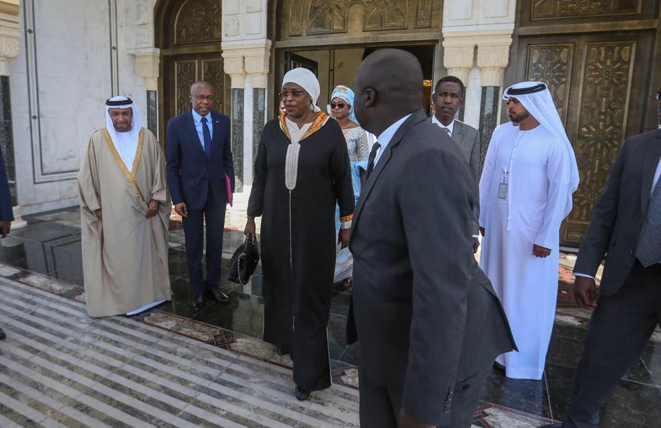 53869244_2107260289565396_6586623590148341760_n Marieme Faye Sall très bien accueillie à Dubaï! (Photos)