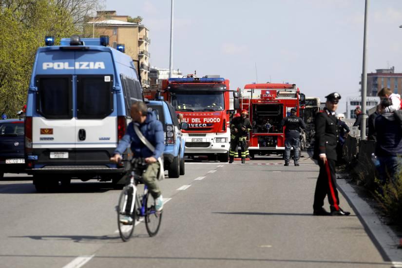 74d38462d0ebeb7e14cb1a6de809cf0f Qui est Ousseynou Sy, le chauffeur sénégalais qui a incendié le bus qui transportait des écoliers ?