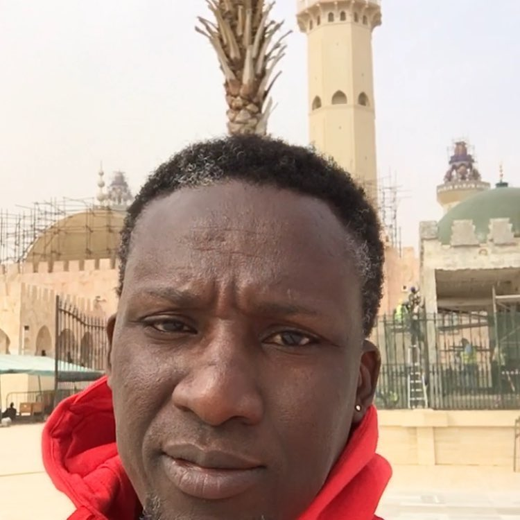Assane-Diouf Assane Diouf à Touba, méconnaissable (Photos)