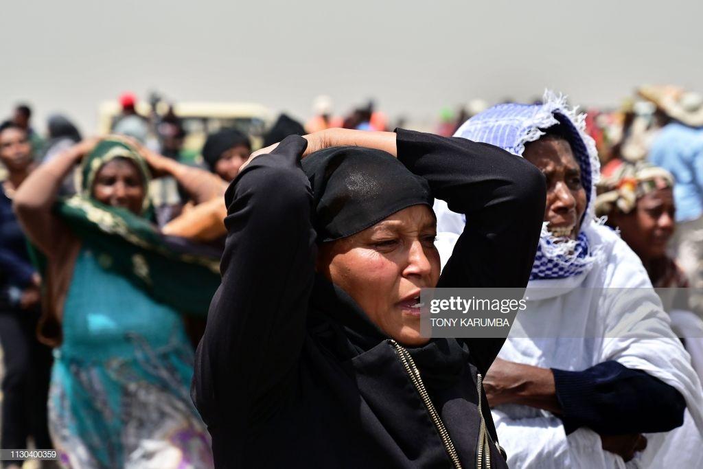 Ethiopian-Airlines-11-2 (28 Photos) Crash Ethiopian Airlines : Les familles des victimes sur les lieux de l'accident pour rendre hommage à leurs proches disparus.