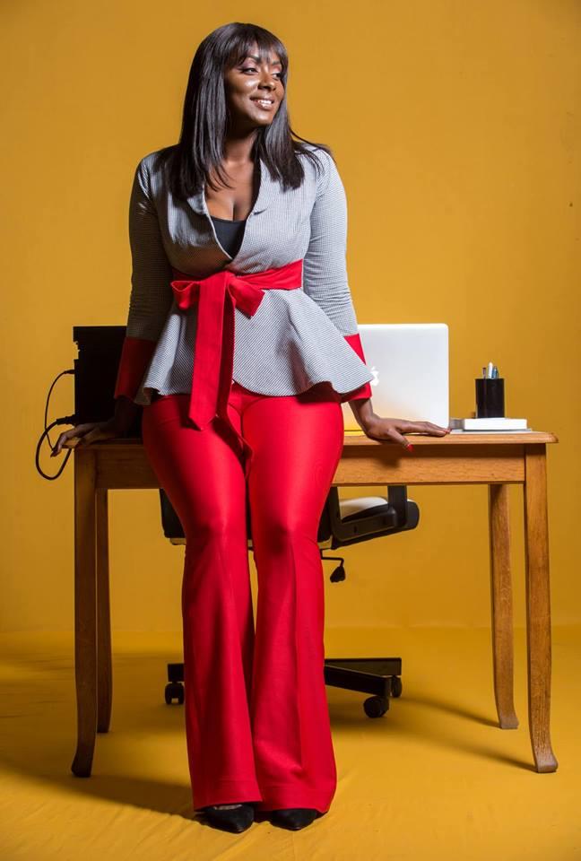 Khalima-Gadji-16 Khalima Gadji, l'actrice de la série « Maîtresse d'un homme marié » dans ses œuvres! (Photos)