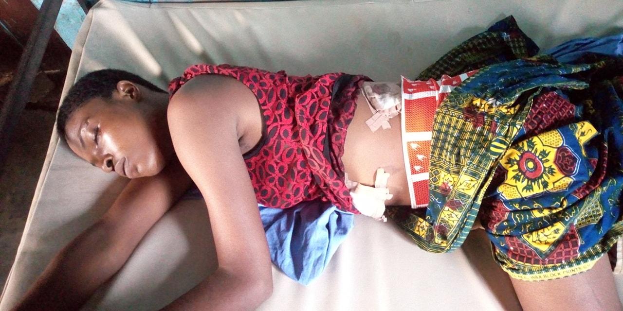 56163459_2908776139406534_2668582722829549568_o (15 Photos Âmes sensibles) Voici la jeune étudiante poignardée à mort par son ex copain !
