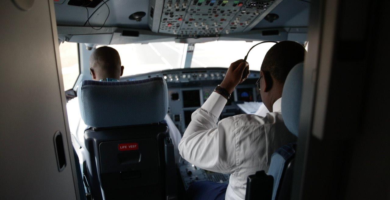 60285402_10157421375967867_4606933589869723648_o Macky Sall voyageant à bord d'Air Sénégal comme un client « normal » (photos) !