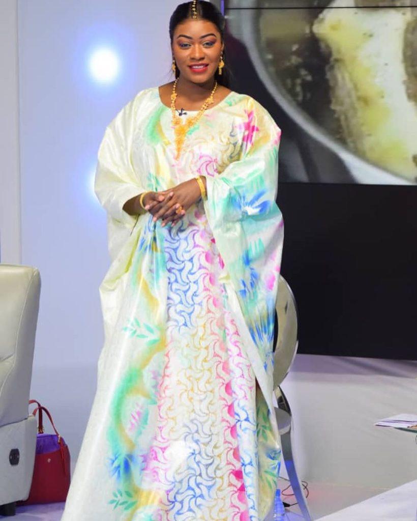 bijou-ndiaye-6-3-820x1024 La tenue de grande dame de Bijou au QG (Photos)