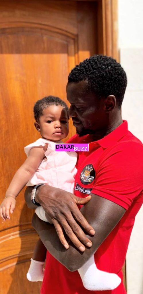 ibou-toure-Adja-Diallo-2-498x1024 Les nouvelles photos d'Adja Diallo, Toute heureuse avec Ibou Touré et son bébé