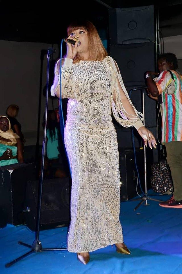62194486_2286330111583814_7777371541745958912_n-1 (12 Photos) : Soirée spécial Korité au « Saraba » Titi rayonne avec sa robe très classe