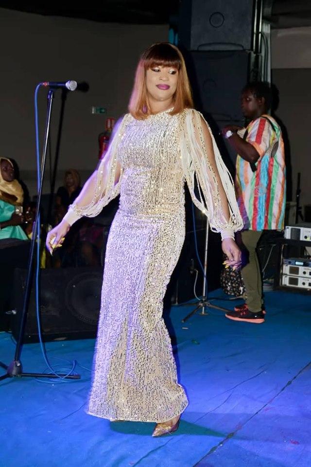63605568_2286330171583808_1965029795133652992_n (12 Photos) : Soirée spécial Korité au « Saraba » Titi rayonne avec sa robe très classe