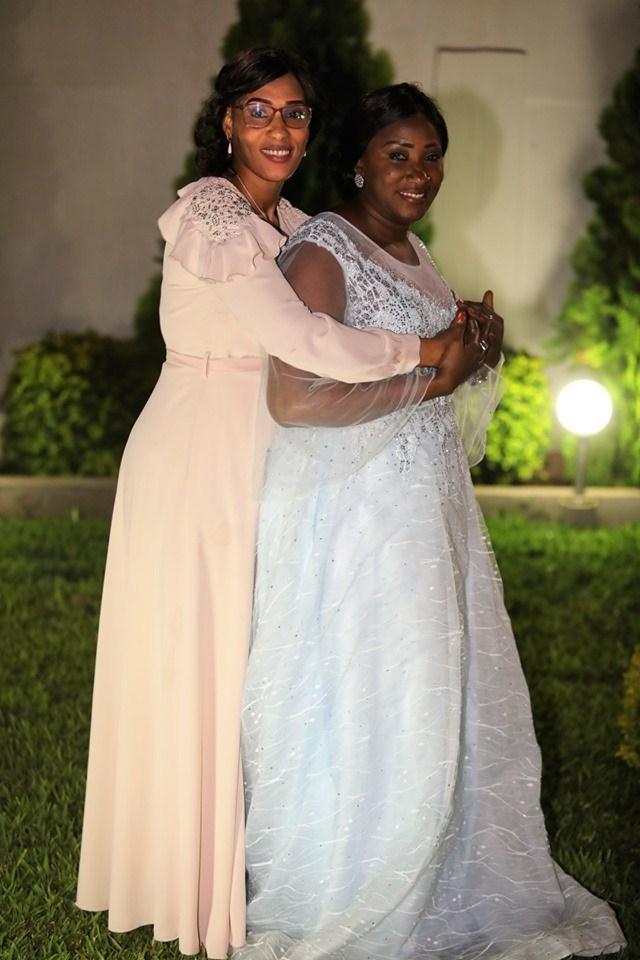 Lady-Sarjo-Barrow-1-1 L'anniversaire royal et les tenues de rêve de la Niarel d'Adama Barrow (Vidéo)