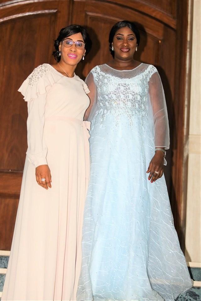 Lady-Sarjo-Barrow-3-1 L'anniversaire royal et les tenues de rêve de la Niarel d'Adama Barrow (Vidéo)