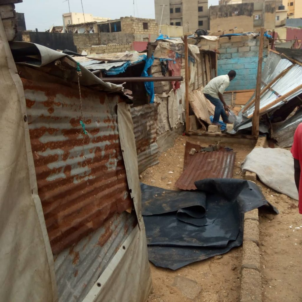 36665746-32659482-1024x1024 Destruction d'un ghetto à Dalifort (Photos)