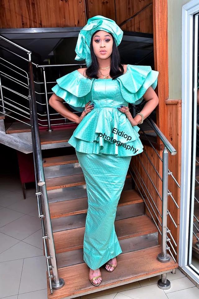 69119903_2341436735946989_1981702647723327488_n Tabaski 2019 : La taille basse bien taillée de la miss Ndeye Astou (photos)