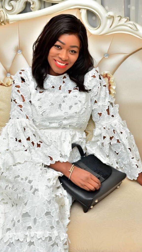 Khady-Bijou-Ndiaye-2-576x1024 Tabaski: Les « sagnsé » VIP de Bijou Ndiaye et Zahra la femme de Kouyaté (photos)