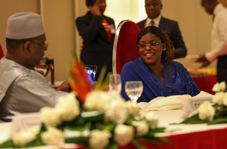 MACKY-SALL 03 Photos – Quand le président Macky prend des photos pour sa Première dame